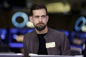 twitter is flirting with its lowest close in over a month (twtr)