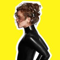 rae morris goes home again for 'someone out there'