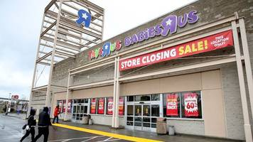 charles lazarus, 94, founded childhood mecca toys r us
