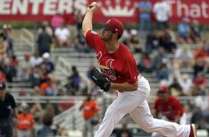 hudson's strong start leads cardinals past mets 5-1