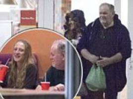 meghan markle's father, thomas, enjoys a dinner date with mystery blonde in mexico