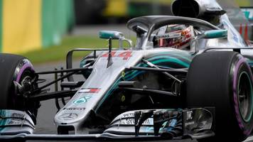 lewis hamilton on pole in australian gp
