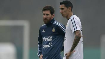 argentina star angel di maria claims football 'owes' a world cup to lionel messi