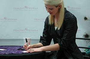 elizabeth smart wants her name removed from anti-porn bill