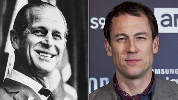 the crown: tobias menzies cast as new prince philip