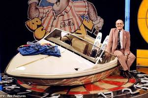 bully's star prize that was made in the midlands - and the catchphrase that jim bowen never said