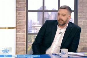 iain lee sparks emergency rescue operation after falling down a well