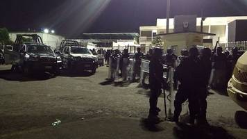 mexico: seven police officers die in veracruz prison riot