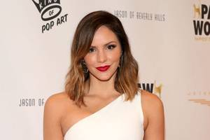 katharine mcphee agrees with 'smash' haters, fans reel in disbelief