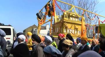 thousands gather to celebrate vaisakhi in gravesend