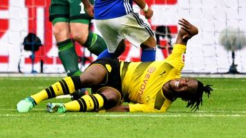 injured batshuayi 'possibly' fit for world cup