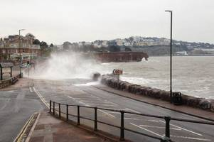 flood alert for devon coast amid high tide and strong wind warnings