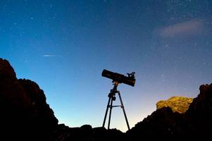 when is the lyrid meteor shower? where and how to see the dazzling display at its peak