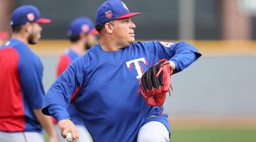 Rangers' Bartolo Colon Perfect Through Six Innings Against Astros