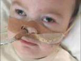 alfie evans's parents urge supporters to 'have a break from protesting' outside hospital