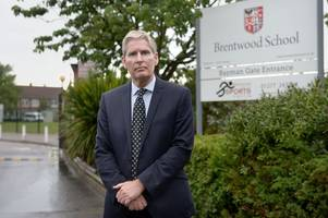 Brentwood School headmaster Ian Davies to retire after 15 years as head