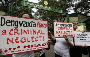 Confusion, blame game fuels Philippines vaccine scandal
