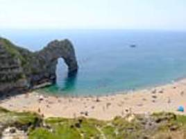 salisbury girl dies after being pulled from the sea at durdle door