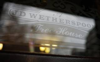 How will JD Wetherspoon fare after social media axe?