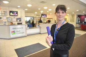 vote of no confidence over hull college boss michelle swithenbank's ability as staff get set to strike