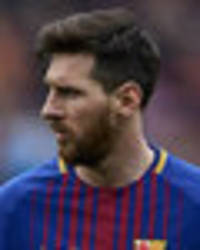barcelona star lionel messi 'trying' to stop manchester united transfer