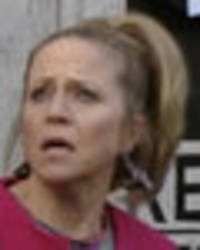 EastEnders' Linda Carter suffers double wardrobe malfunction: 'I've had an accident'