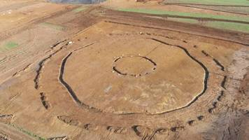 Raunds henge 'discovered' by Warth Park building work