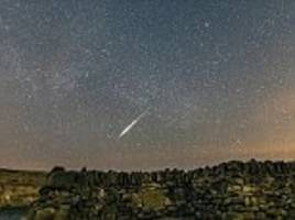 lyrid meteor shower will light up the sky on sunday morning with up to 20 shooting stars per hour