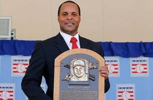 would barry larkin be a good for reds managerial opening?