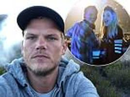 'wish that i could stay forever this young': ominous lyrics from avicii's most iconic hit