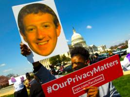 facebook users are mad as hell over the cambridge analytica scandal (fb)