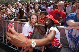 triumphant team england receive hero's welcome at commonwealth games 2018 homecoming spectacular