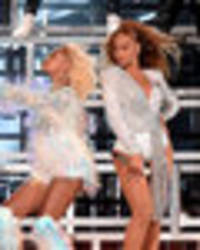watch beyoncé falls on stage during coachella performance dragging sister solange with her