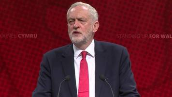 Windrush: Corbyn says PM ignored immigration policy warnings