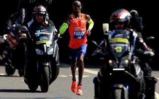 mo farah broke the 33-year-old record for fastest british marathon time