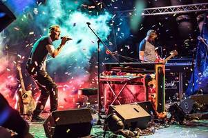 tribute act coldplace chat about impersonating their idols coldplay ahead of homecoming