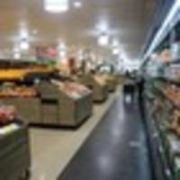 lawyer slips in vegetable section, sues woolworths australia for $1.3 million