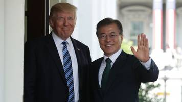 US And South Korean Leaders Reportedly Want To Hold Their Own Summit