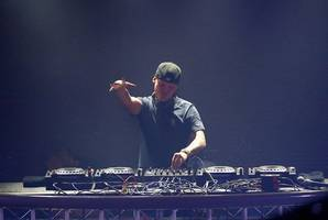 avicii's family hints at 'fragile' dj's struggle before his death: 'he could not go on any longer'