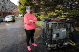 paisley residents furious about dumped fuel tank