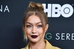gigi hadid fans blast vogue after cover 'darkens her skin' and uses 'too much photoshop'