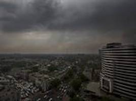 powerful dust storm, rain leaves 11 dead in northern india