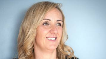 lawro's final day premier league predictions v england netball head coach tracey neville