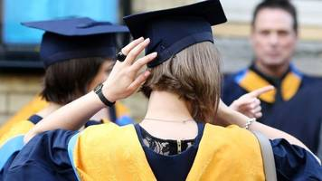 student loan rates absurd, say mps