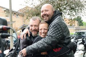 harley davidson ride for waltham abbey mum diagnosed with cancer closes m25 as 500 bikers show their support
