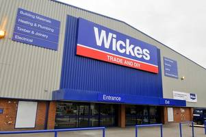wickes is axing 100 jobs at its head office