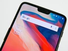 Take a look at the OnePlus 6 — a beautiful new smartphone that costs almost $200 less than the Galaxy S9