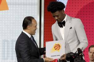 Suns win NBA draft lottery, right to pick No. 1 next month