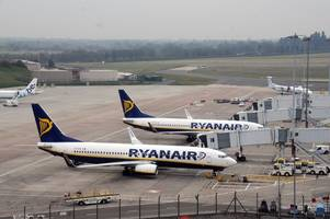 how to beat ryanair's new check-in charges - according to moneysavingexpert martin lewis