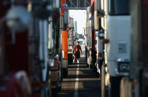 Walmart is getting hurt by the crisis plaguing the trucking industry (WMT)